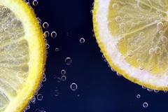 Картина в кафе Лимонная вода